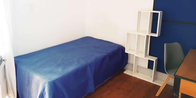 Blue Room for rent